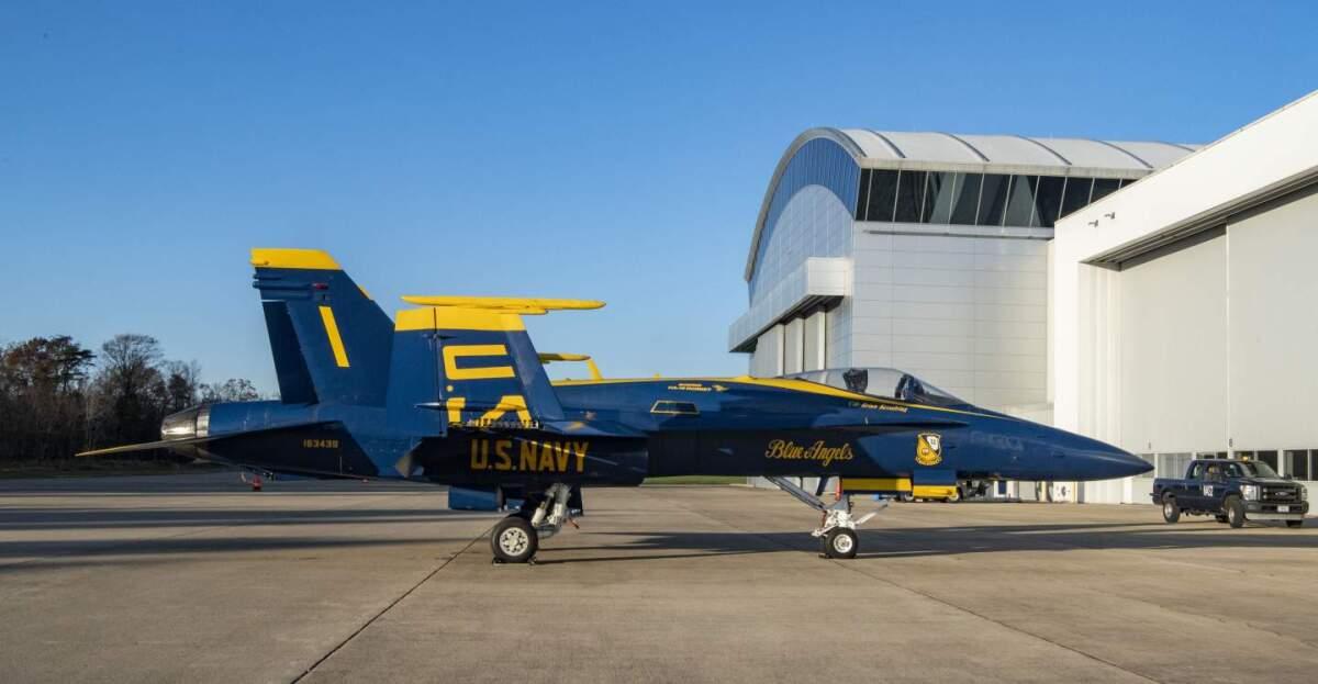 ニュース画像 1枚目:ブルーエンジェルズのF/A-18C ビューロナンバー「163439」