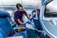 ニュース画像:デルタ航空、チェックインから搭乗まで羽田のコロナ対策 動画公開