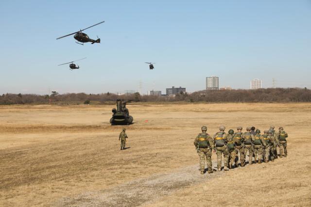 ニュース画像 1枚目:訓練降下のイメージ