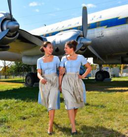 ニュース画像 1枚目:ルフトハンザドイツ航空 2015年オクトーバーフェストの衣装