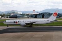 ニュース画像:JAL、767-300の「JA8987」 ヴィクターヴィル到着