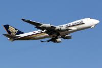 ニュース画像:シンガポール航空、アジア初のコロナ・ワクチン輸送 747-400Fで