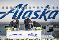 ニュース画像 2枚目:737 MAXの追加契約式