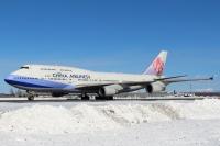 ニュース画像:チャイナエアライン、最後の747-400 富士山周遊退役フライト