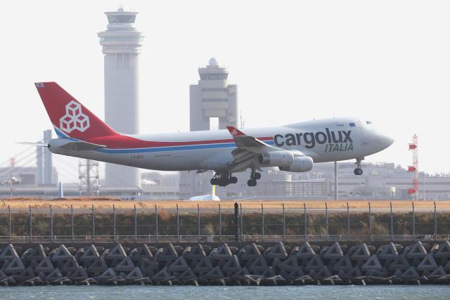 ニュース画像 1枚目:羽田に飛来したカーゴルクス・イタリアの747 (多摩川崎2Kさん撮影)