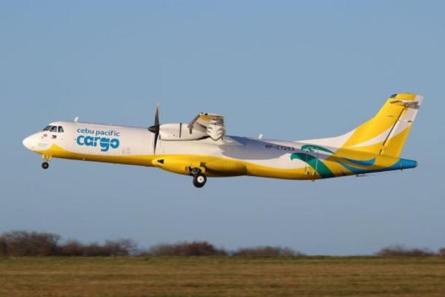 ニュース画像 1枚目:貨物機に改修されたセブパシフィック航空のATR 72-500