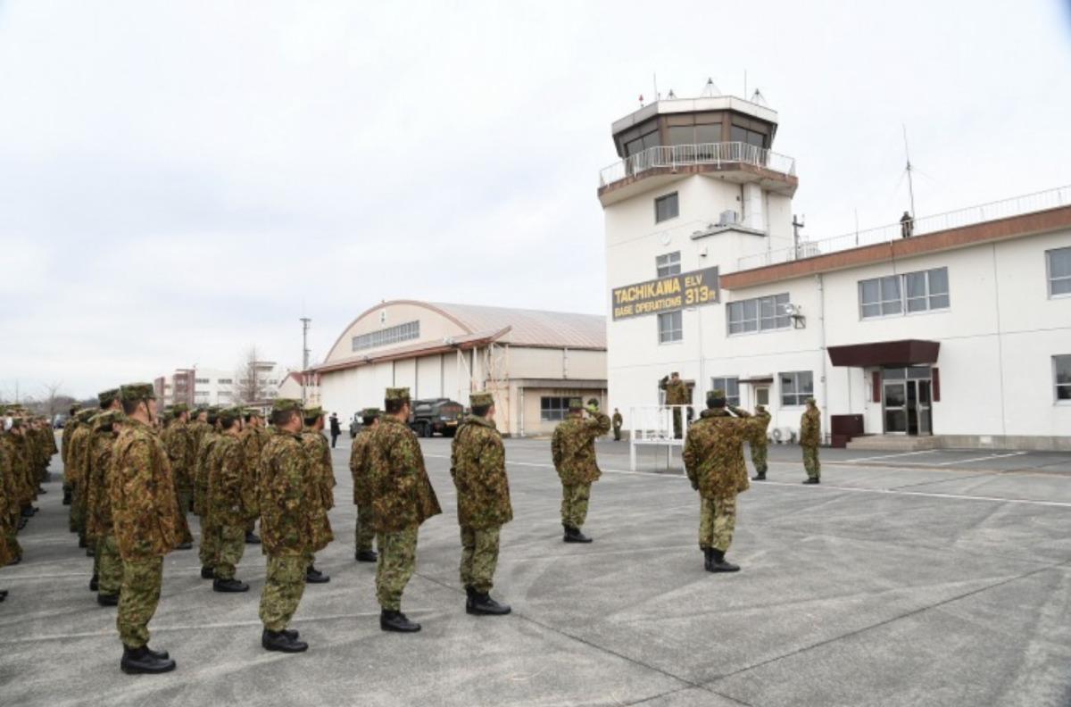 ニュース画像 2枚目:航空隊長による訓示