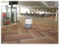 函館空港、国内線ターミナルにAI清掃ロボット「Whiz」導入の画像