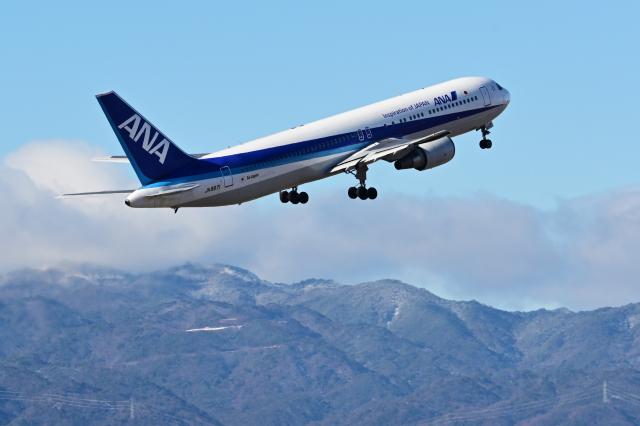 ニュース画像 1枚目:退役したANAのボーイング767-300型機「JA8971」(TOY2011さん撮影)