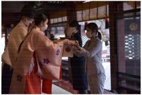JAL、福岡から北海道へ春を届ける 「梅鉢」輸送で友好親睦に協力の画像