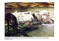 ニュース画像:NTSB、TWA800便墜落事故の復元部分を解体へ