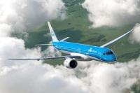 ニュース画像:KLMシティホッパー、初のE2受領 エンブラエル製50機目