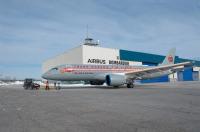 ニュース画像:エア・カナダ、A220にTCAレトロ塗装