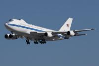 ニュース画像:E-4Bナイトウォッチ、横田飛来 バイデン政権主要閣僚の来日で