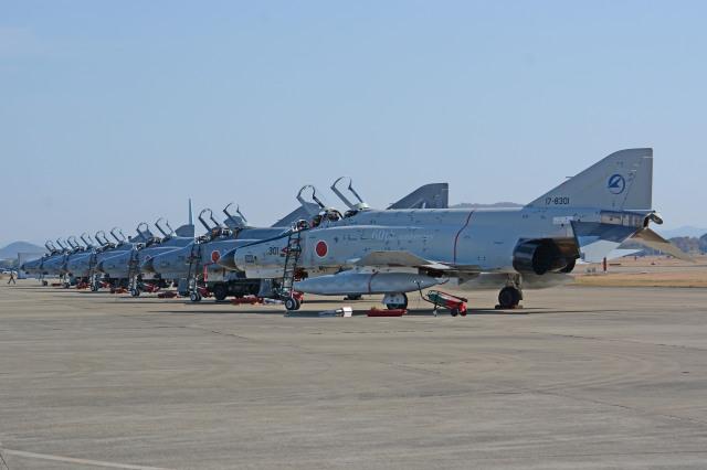 ニュース画像 1枚目:2014年、岐阜基地航空祭で301号機はじめ6機駐機。この姿はもう見れない (apphgさん撮影)