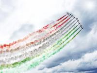 ニュース画像:イタリア空軍アクロ・チーム「フレッチェ・トリコローリ」創設55周年