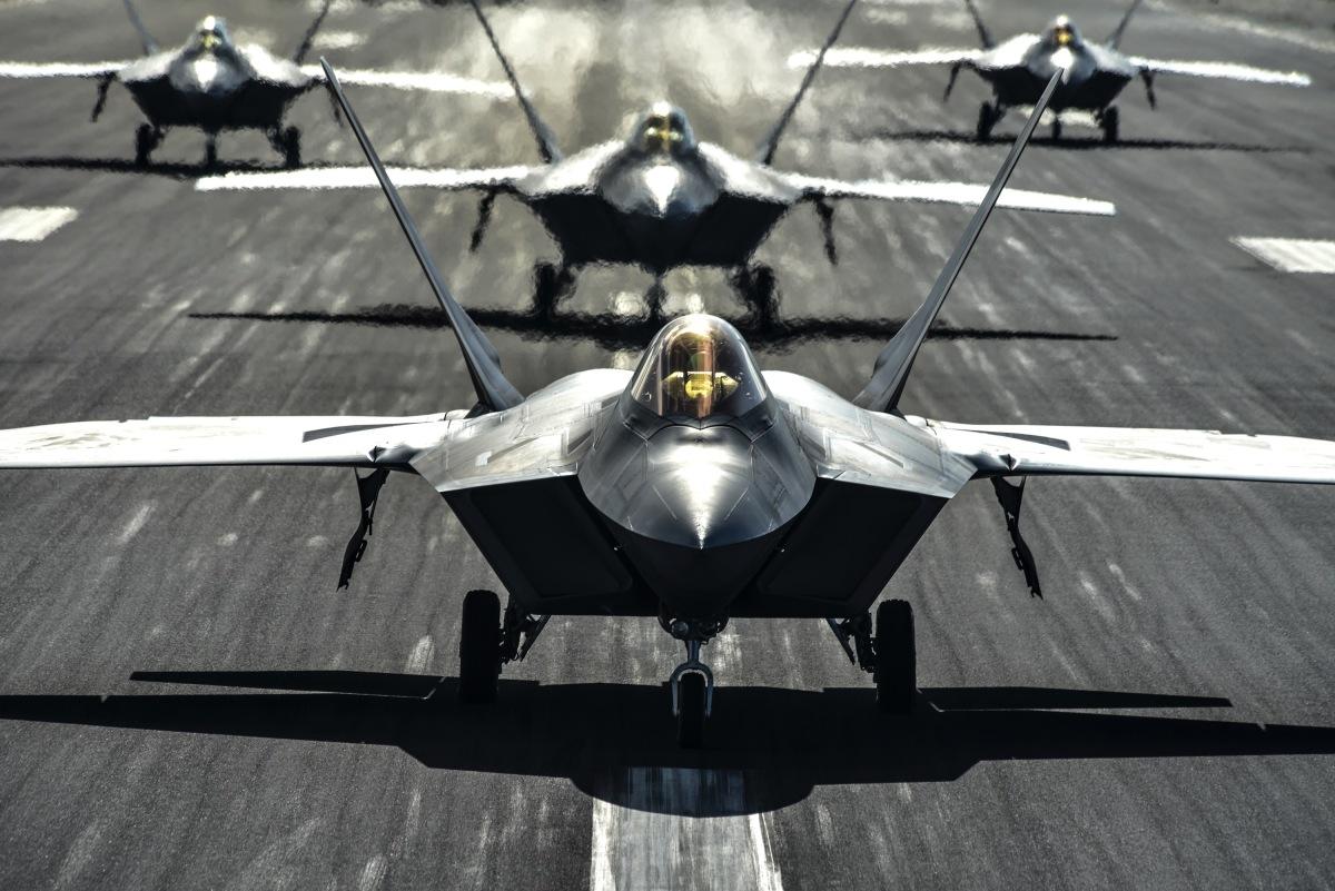 空自F-35A、アメリカ空軍F-22ラプターと共同訓練   FlyTeam ニュース