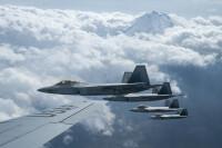 ニュース画像:岩国展開したアメリカ空軍F-22ラプター、空自などと訓練終え帰還