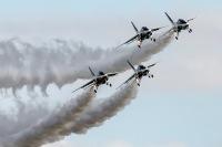 ブルーインパルス、松島から小松に移動 4月21日に砺波市上空で予行の画像