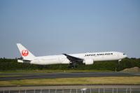 JAL、6月発券分から国際線航空券 燃油サーチャージを再徴収の画像