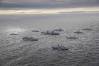 ニュース画像:クイーン・エリザベス空母打撃群、5月出港 日本にも寄港