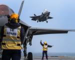 ニュース画像 2枚目:英米のF-35BライトニングIIを搭載する空母クイーン・エリザベス