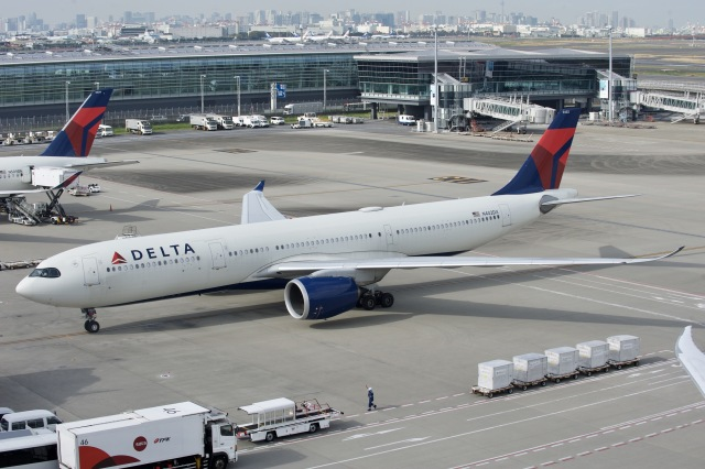 ニュース画像 1枚目:デルタ航空 エアバスA330-900neo型機 (TTVR46さん撮影)