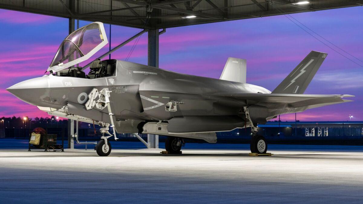 ニュース画像 1枚目:マーハム空軍基地で翼を休めるF-35BライトニングII