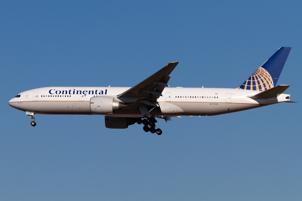 ニュース画像 6枚目:コンチネンタル航空の塗装 (PINK_TEAM78さん撮影)