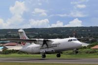 ニュース画像:JAC、8機目のATR42「JA10JC」受領 鹿児島に到着