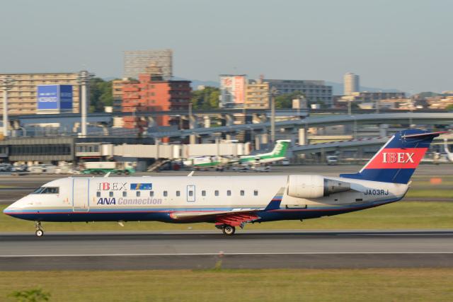 ニュース画像 1枚目:日本ではアイベックスエアラインズとジェイエアがCRJ-200を運航 (777rainさん撮影)
