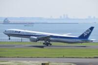 ニュース画像:ANA、777-300がさらに1機退役 国際線仕様の「JA735A」