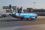 ニュース画像 5枚目:アラスカ航空の「スピリット・オブ・ディズニーランド 1号機」 N784AS(leoさん撮影)