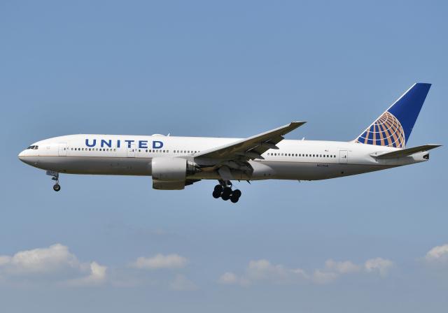 ニュース画像 1枚目:777定期便として初めて使用されたN777UA、日本にもたびたび飛来 (雲霧さん撮影)