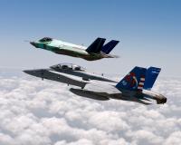 ニュース画像:史上初艦載型ステルス戦闘機F-35C、初飛行からの歩み