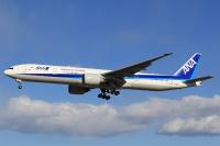 ニュース画像:ANA、777-300ERがさらに1機退役 離日は恒例の火曜朝