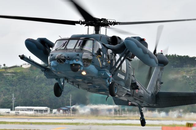 ニュース画像 1枚目:UH-60J救難ヘリコプター (EC5Wさん撮影)