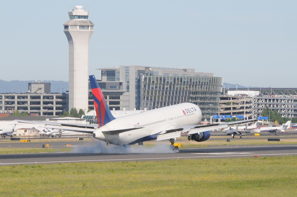 ニュース画像 3枚目:ポートランド国際空港で撮影された航空フォト (gunmano_kumasanさん撮影)