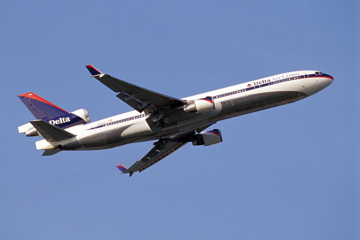 ニュース画像 2枚目:デルタ航空、旧塗装のMD-11(senyoさん撮影)
