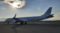 ニュース画像:エア・モンテネグロ、設立わずか4カ月で定期便 白のE195で運航