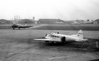 ニュース画像 2枚目:長崎航空に移籍する前のデハビランド104-5A「JA5038」 (Y.Todaさん撮影)