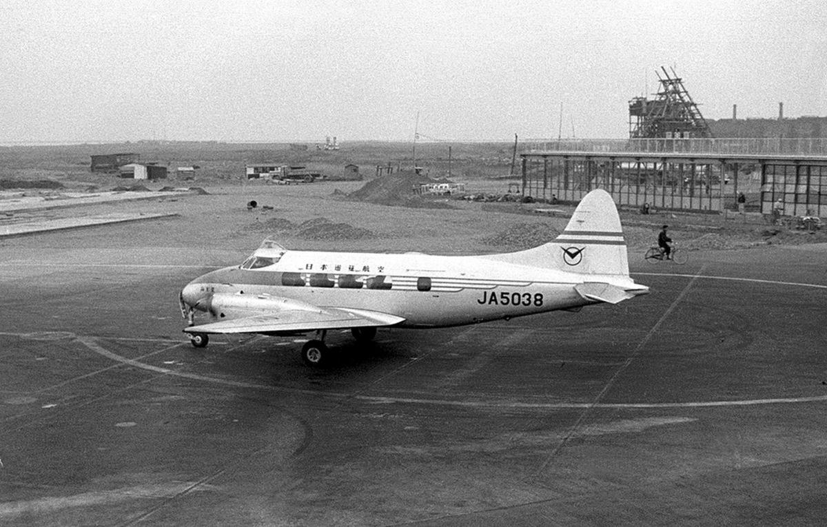 ニュース画像 2枚目:長崎航空に移籍する前のDH104 ダブ「JA5038」 (Y.Todaさん撮影)