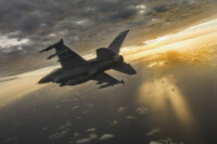 ニュース画像:米政府、フィリピンにF-16V戦闘機12機売却を承認 -「高すぎる」