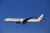 ニュース画像:JAL羽田/ホノルル線、8月2往復便をファースト装備777に大型化