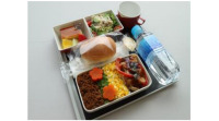 ニュース画像:JAL、夏休みセントレア発着 空飛ぶ航空教室開催へ 最優秀機内食も提供