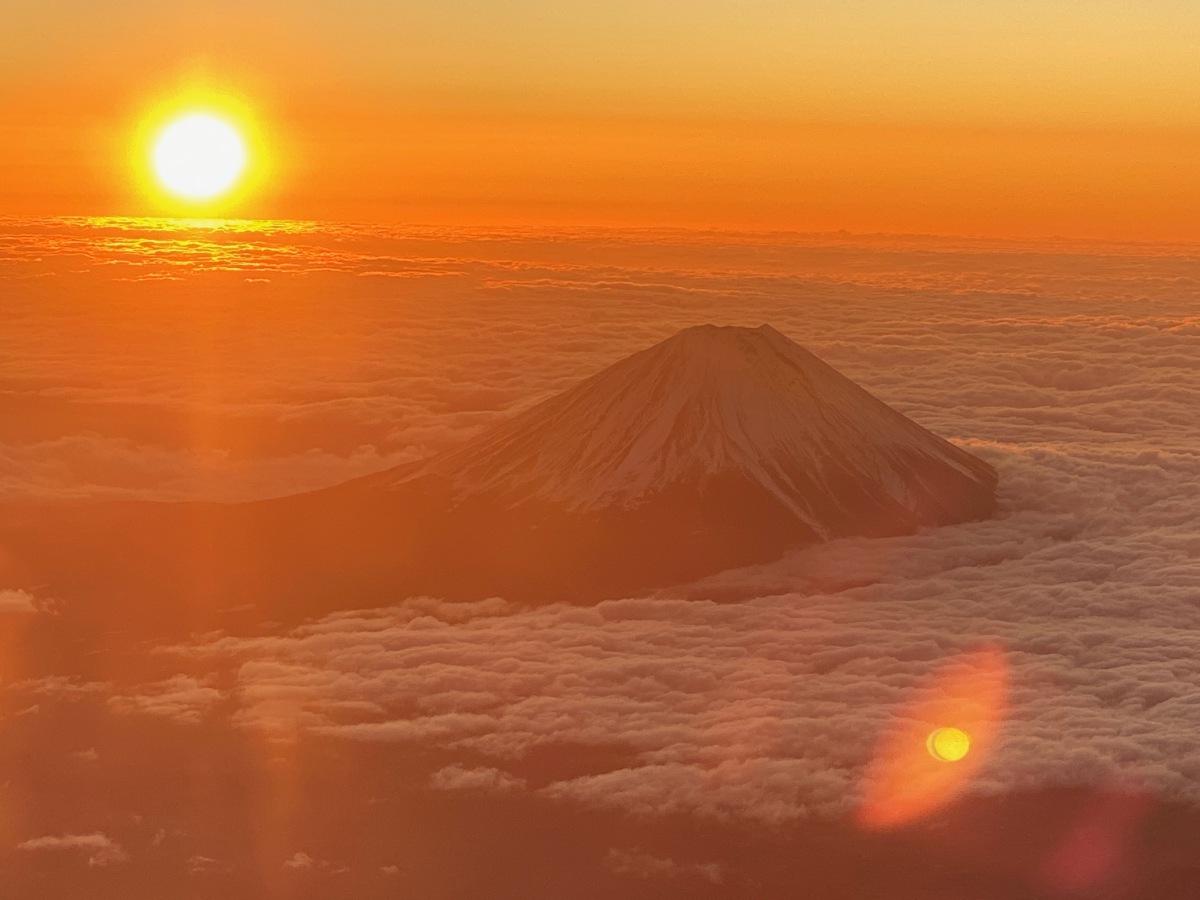 ニュース画像 7枚目:2020年、初日の出と富士山 (チャッピー・シミズさん撮影)