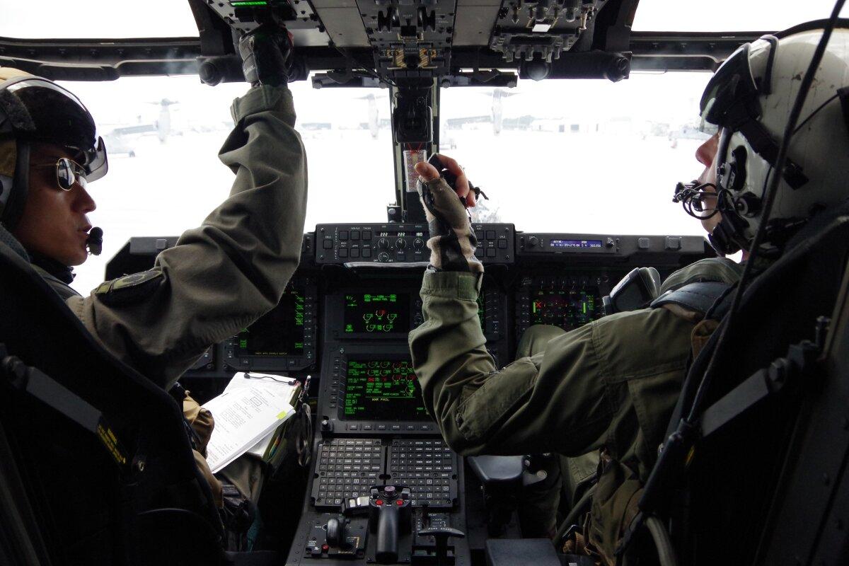 ニュース画像 1枚目:陸自V-22オスプレイ 機内