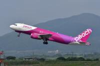 ニュース画像:ピーチ、9月末まで27路線1,314便の運休・減便