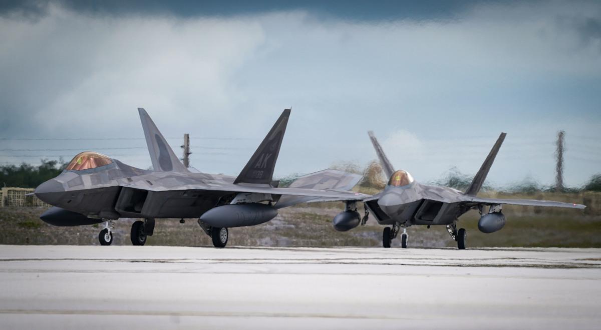 ニュース画像 1枚目:第525戦闘飛行隊のF-22