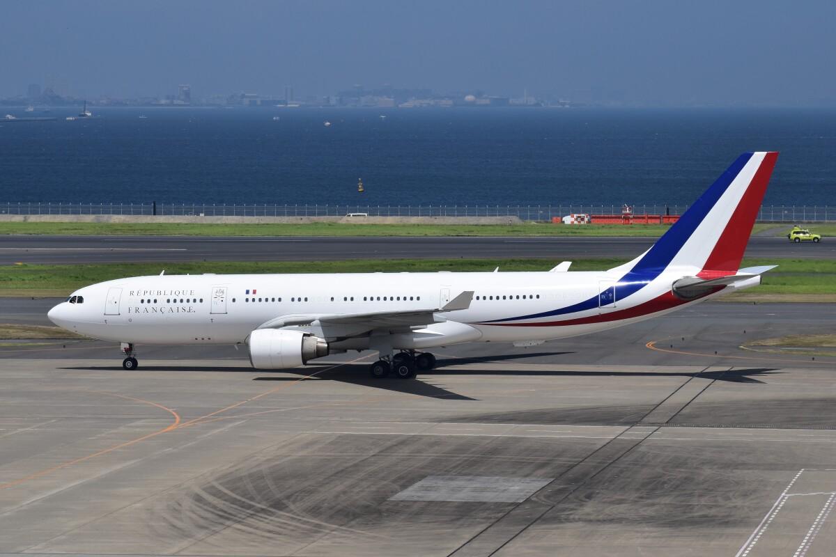 ニュース画像 1枚目:フランス空軍要人輸送飛行隊が運航するA330 (PIRORINGさん撮影)